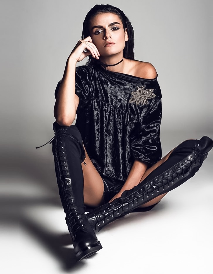 Сапоги на шнуровке женские в моде